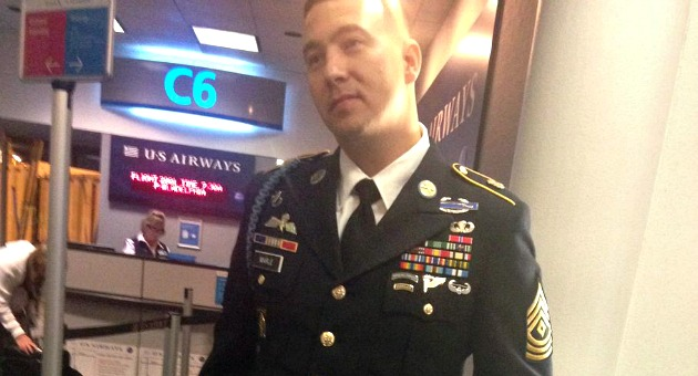 Irate Flight Attendant Gives Decorated Army Ranger The